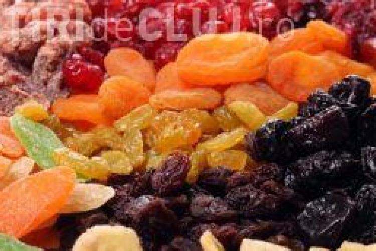 Fructele deshidratate şi beneficiile lor nebănuite pentru sănătate