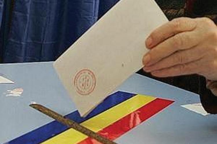 Clujenii de pe 79 de străzi din oraș vor vota în altă parte în 9 decembrie. VEZI lista străzilor