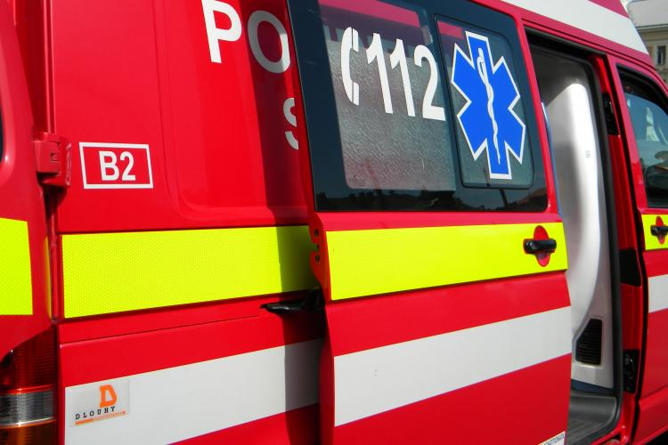 Peste 500 de clujeni au chemat Ambulanţa de Crăciun - FOTO
