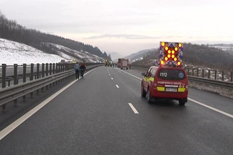 Accident pe Autostrada Transilvania! Un TIR care transporta AZOT a luat FOC - VIDEO UPDATE
