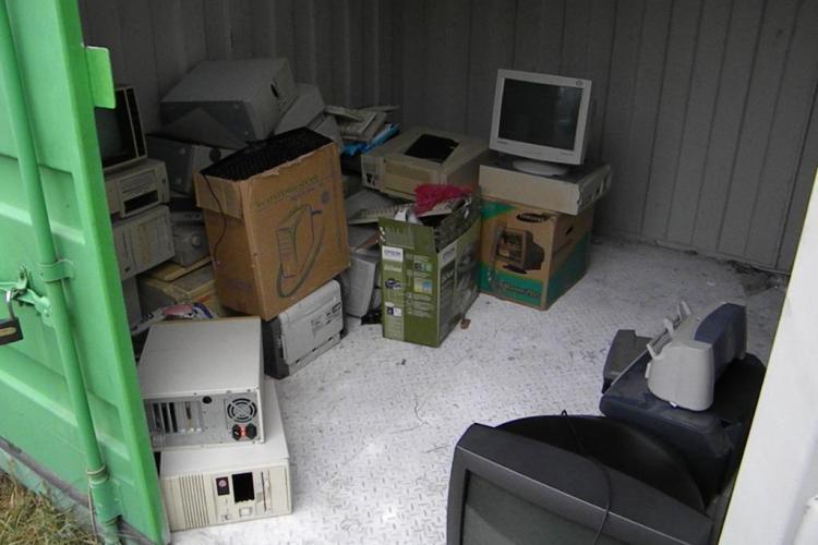 CLUJ: Se adună deşeuri de echipamente electrice şi electronice. VEZI locațiile