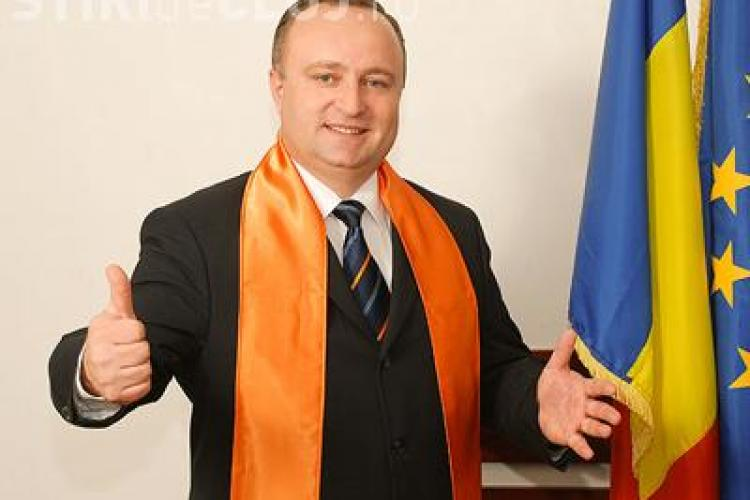Călian îi cere lui Traian Băsescu să nu convoace ședința de constituire a noului Parlament