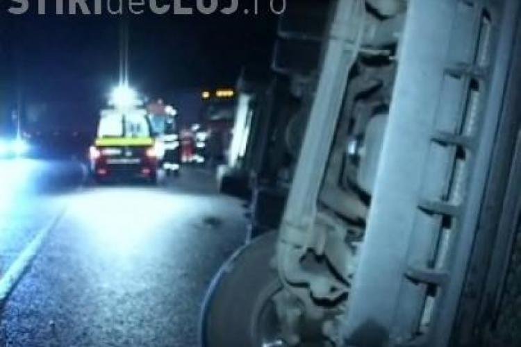 Accident azi-noapte în zona Ambient! Un TIR a derapat din cauza zăpezii