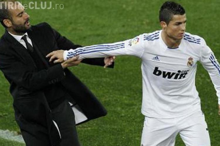 Ronaldo umilit de Guardiola la decernarea Balonului de Aur 2012-VIDEO