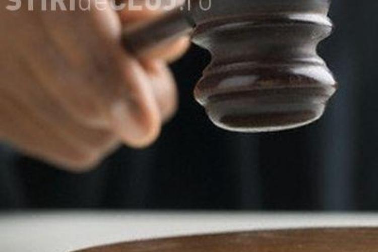 Doi jurnaliști condamnați la închisoare de Curtea de Apel Cluj