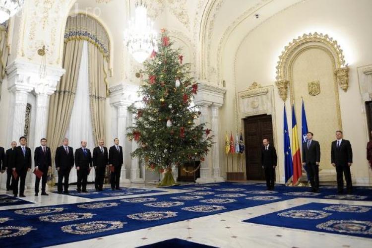 Sondaj: Cine este vinovatul pentru situaţia României în 2012