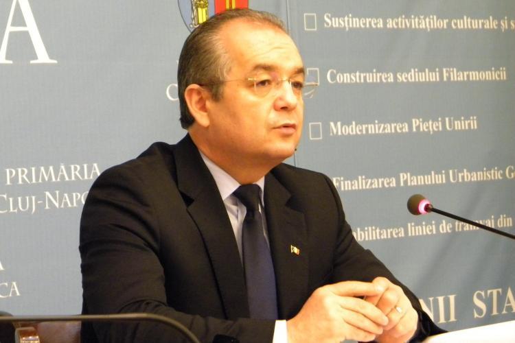 Emil Boc a semnat un protocol cu UBB Cluj pentru atragerea investitorilor