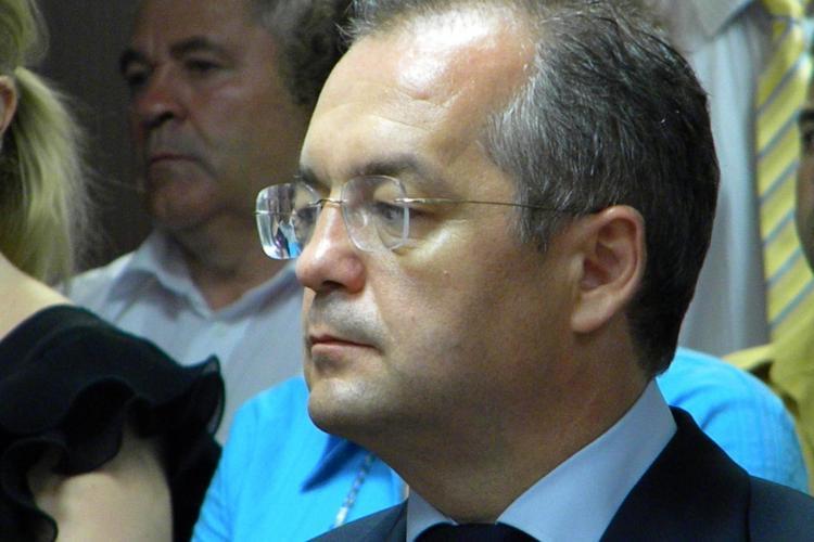 De ce nu vrea Emil Boc să majoreze taxele locale
