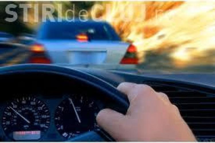 Studiu: Muzica îţi influenţează stilul de condus. Care e playlist-ul perfect