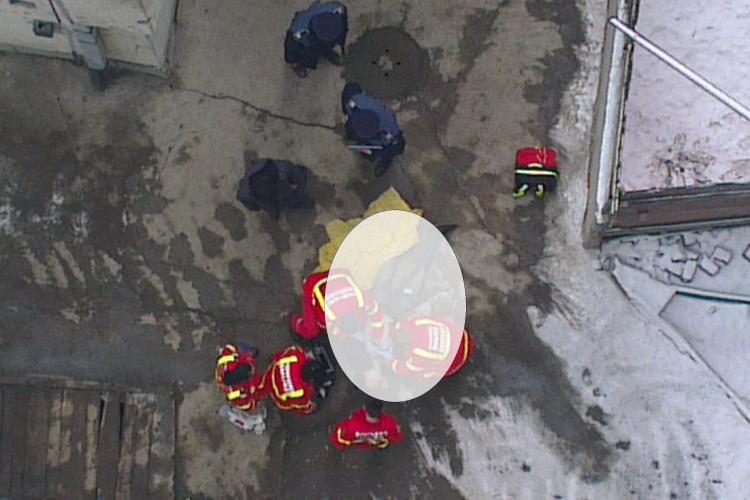 Un student la UTCN s-a aruncat de pe Complexul Leul din Piața Mihai Viteazu - FOTO ȘOCANT