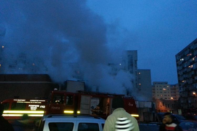 Cum a izbucnit incendiul de la fostul Cinema Dacia, din Mănăștur - FOTO