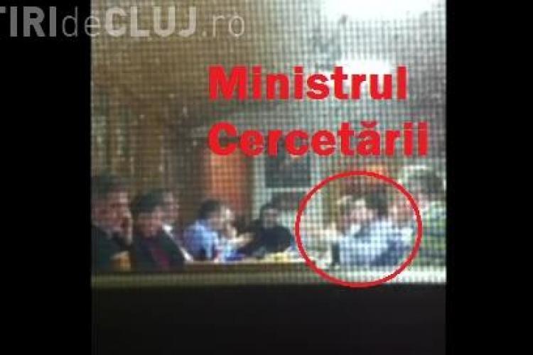 Ministrul Cercetării le spune rectorilor din Cluj, la CABANA lui Ioan Rus, cum se FURĂ - VIDEO CAMERA ASCUNSĂ