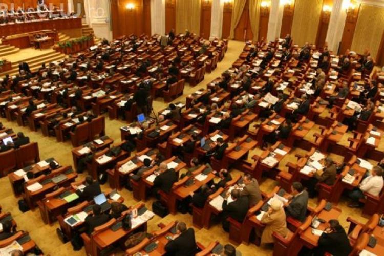 Parlamentarii și-au votat SUPER IMUNITATE