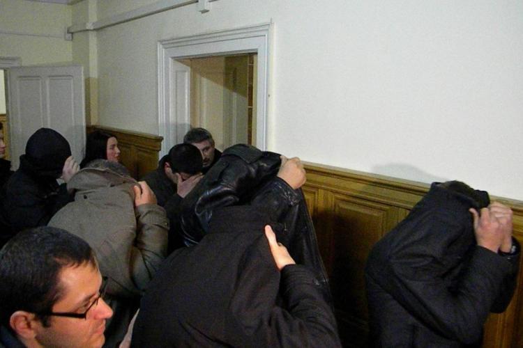 Opt polițiști din Cluj, cercetați pentru corupție în 2012. Șase dintre ei sunt de la Rutieră