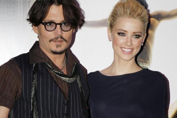 Jonny Depp parăsit de iubită pentru o altă femeie.Vezi despre cine e vorba