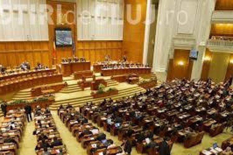 Parlamentarii cu vile şi apartamente în Bucureşti se luptă pentru banii de chirie