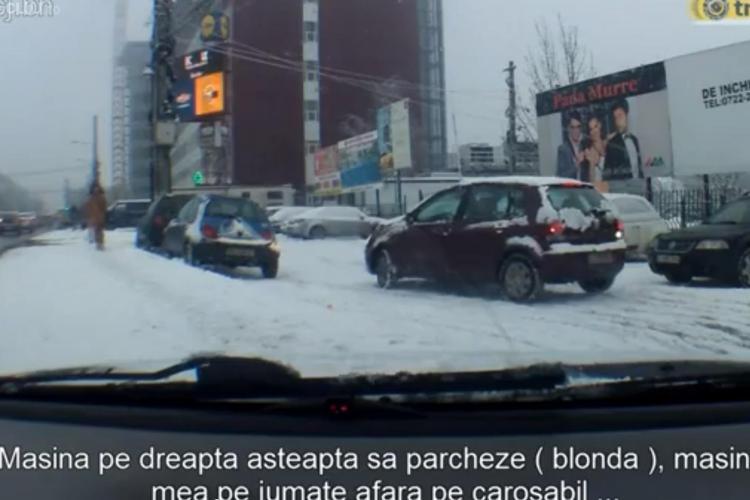 """A râs cum a parcat o blondă în ZORILOR! Utilizatorii TRAFICTUBE.RO l-au """"spart"""" - VIDEO"""