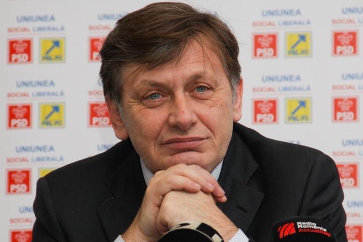 Numele lui Crin Antonescu apare în stenogramele fraudării Referendumului de la Cluj. VEZI stenogramele