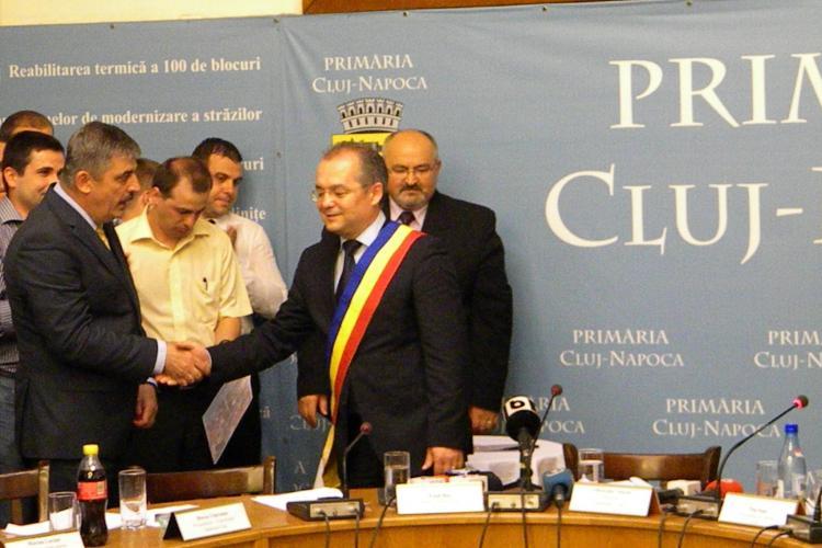 Consilierii liberali sunt nemulțumiți că pe site-ul Primăriei Cluj-Napoca sunt poze cu Emil Boc