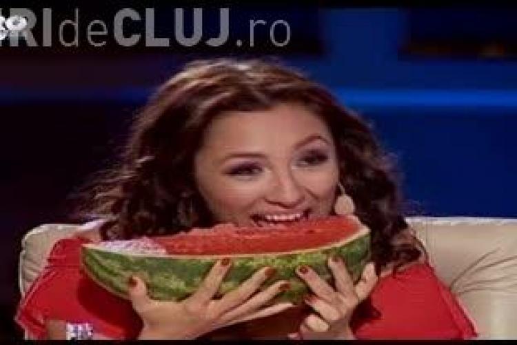 ROMÂNII AU TALENT: Andra a mâncat pepene verde ca o lady - FOTO