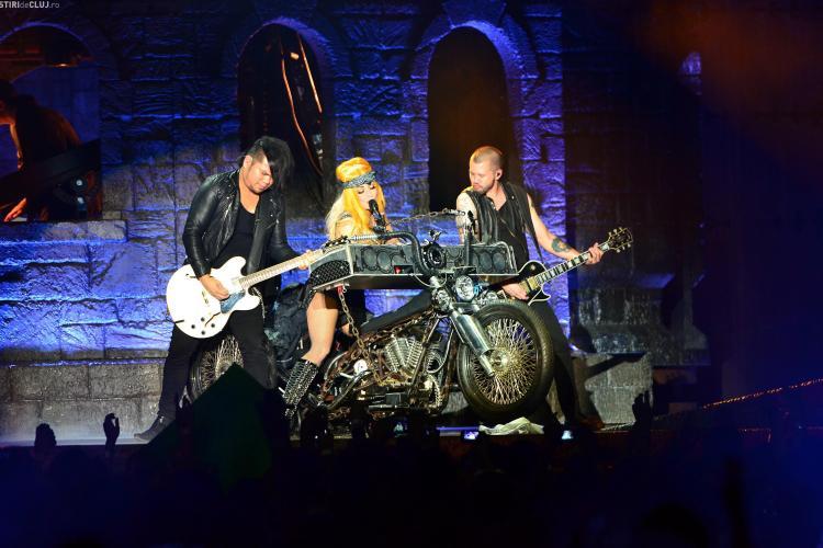 Lady Gaga, grav bolnavă