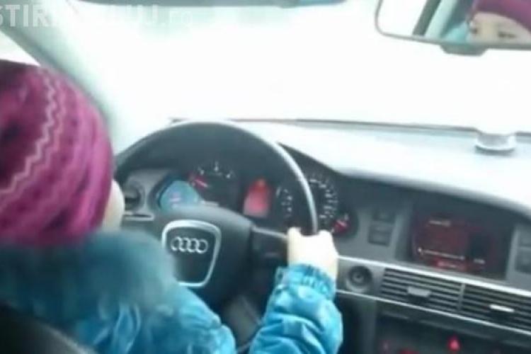 CLIPUL ZILEI: O fetița de 8 ani din Rusia conduce un Audi cu 100 km/h VIDEO