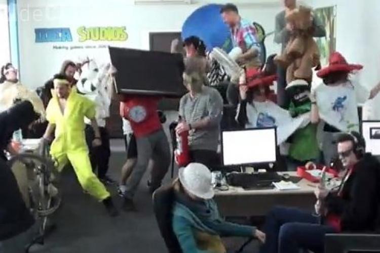 Harlem Shake la locul de muncă. La o firmă clujeană s-a dansat pe rupte - VIDEO