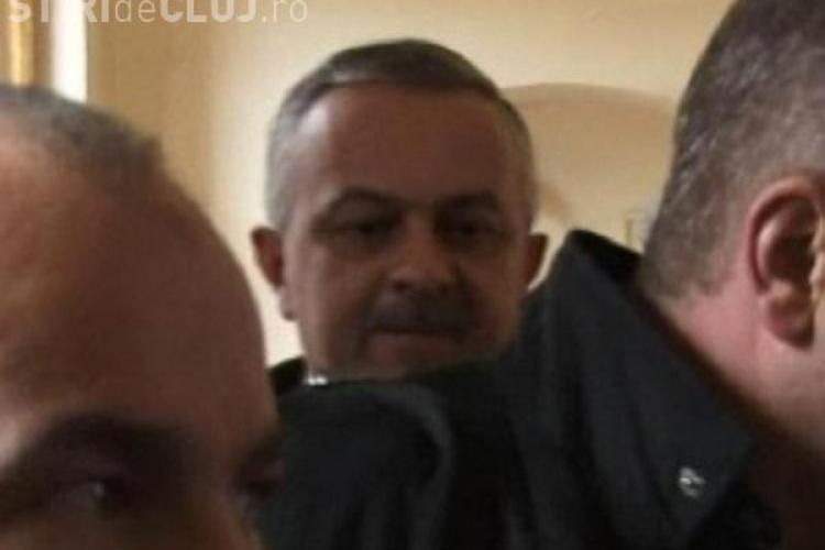 Polițistul Mihai Curt, de la IPJ Cluj, a mers la mare pe banii lui Gabor Gabor, fratele bulibașei țiganilor din Cluj