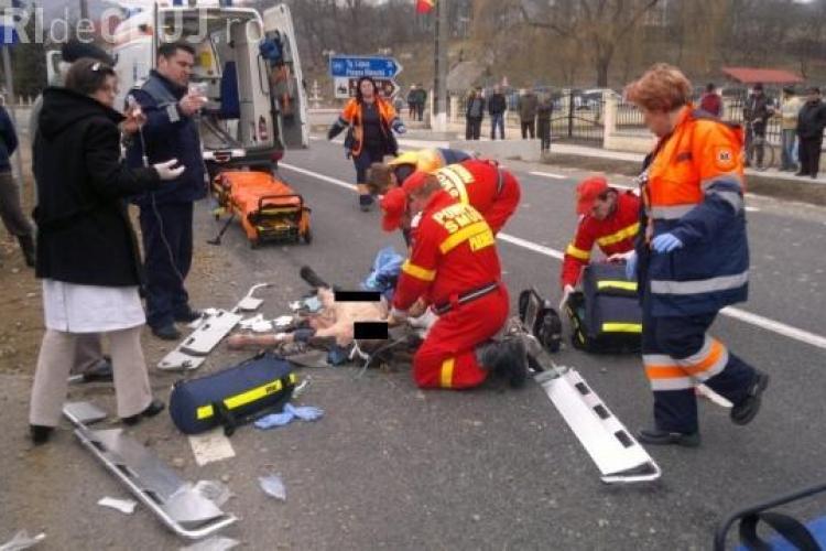 Pieton spulberat de un TIR la 20 de km de Dej. UPDATE: Victima a murit - VIDEO