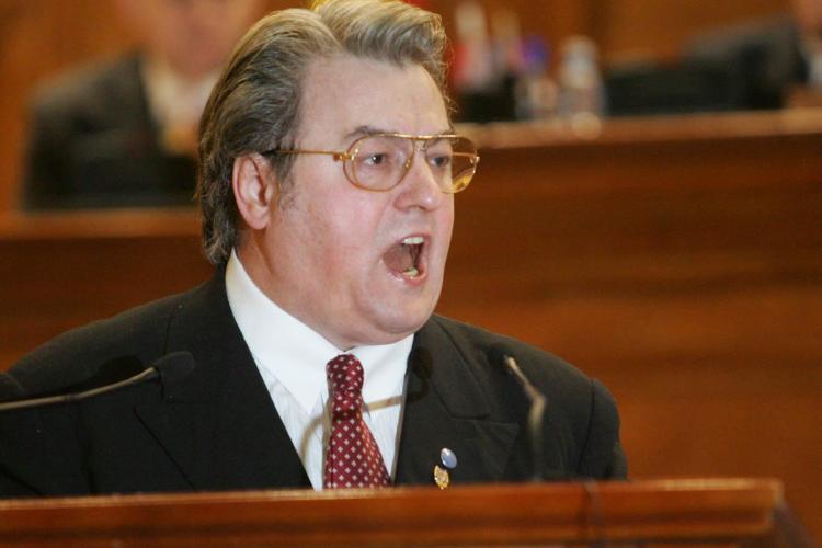 Atac dur al lui Vadim Tudor la adresa Ungariei. Vezi ce declarat europarlamentarul