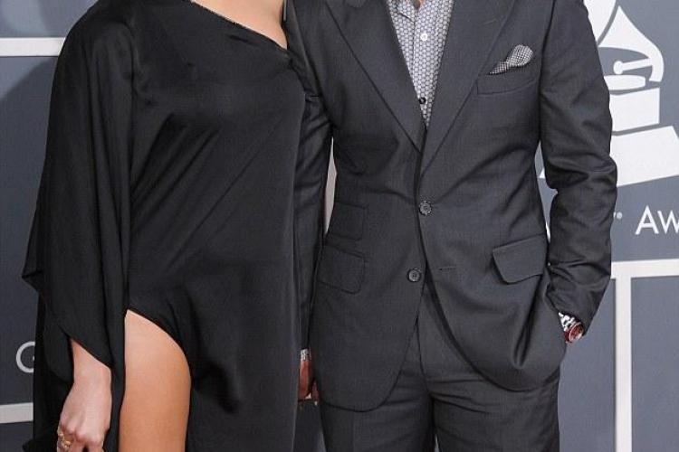 JENNIFER LOPEZ într-o ținută obraznică la Grammy 2013 - FOTO