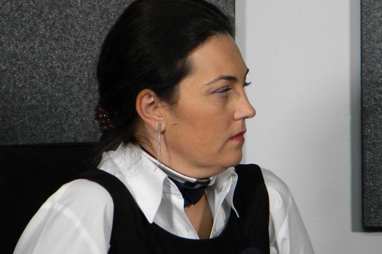 Deputalul Elena Uioreanu vrea o rețea medicală mobilă pentru sate