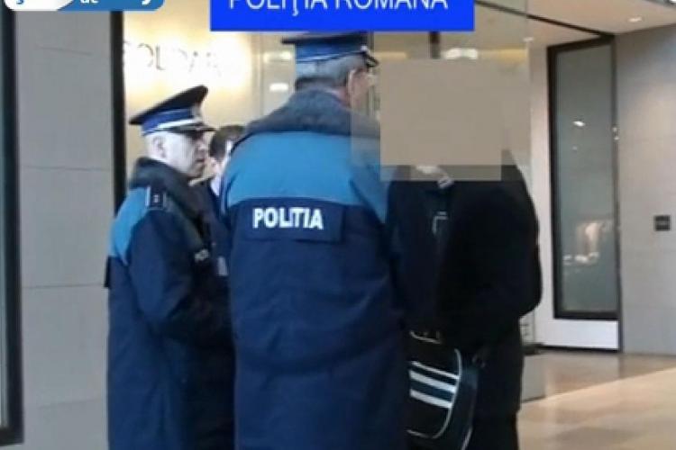 128 de chiulangii ridicați de polițiști din baruri și mall -uri, joi dimineață