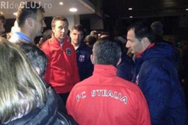 SCANDAL LA LONDRA: Steliștii evacuați din hotel în miezul nopții
