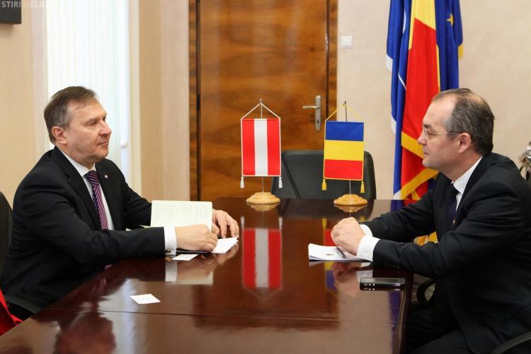 Ambasadorul Austriei primit de Emil Boc - FOTO