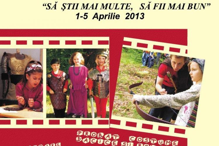 Muzeul de Istorie a Transilvaniei îi taxează pe elevi pentru a proba costume de romani și daci