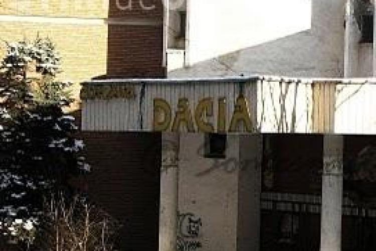 Cinema Dacia, din Mănăștur, igienizat de Primărie. Boc: În câteva luni recuperăm definitiv clădirea