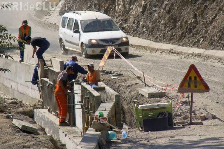 Cine construiește podurile de pe drumul Răchițele - Ic Ponor
