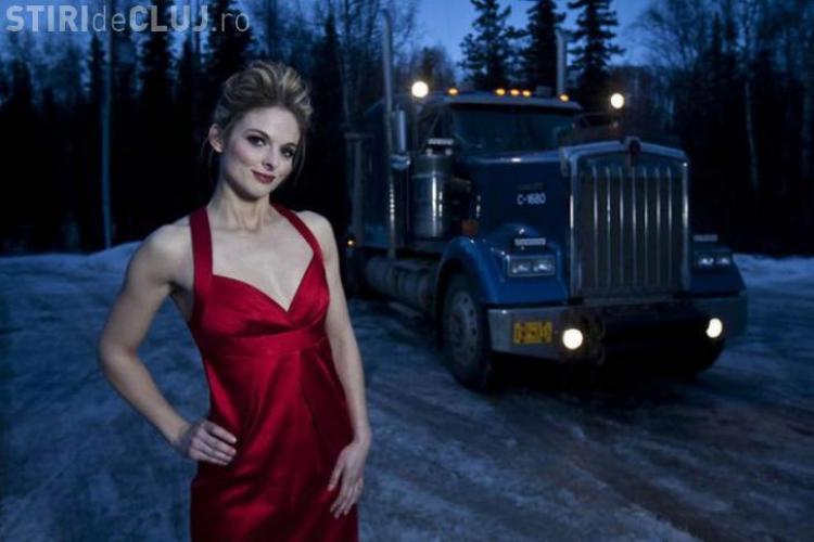 Ea e cea mai sexy şoferiţă de camion din lume. A devenit vedetă - FOTO
