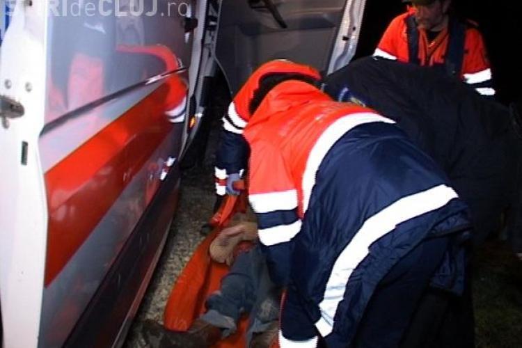 Ruptă de beată. O tânără din Dej a ajuns din șanț la spital în comă alcoolică - VIDEO