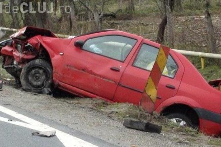 Accident în Câţcău! Patru persoane au fost rănite joi, 28 martie. Două Dacii s-au făcut PRAF - FOTO și VIDEO