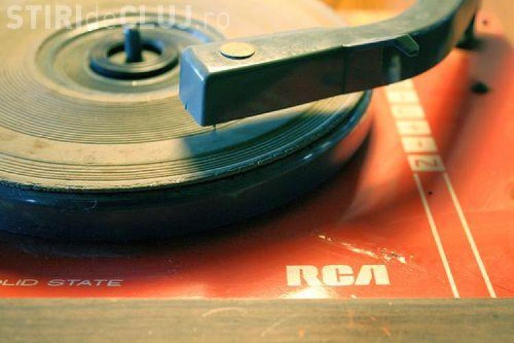 Cum să scapi de melodiile enervante care ți-au rămas în cap? Cercetătorii au aflat răspunsul
