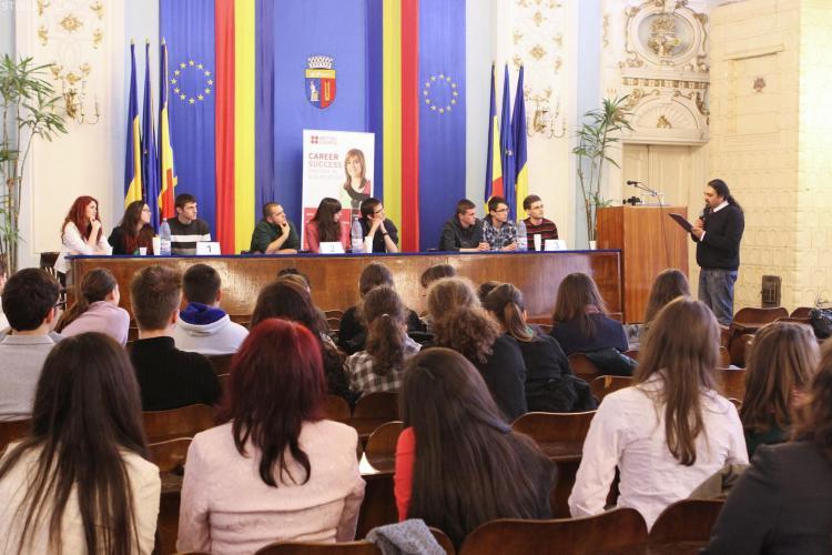 """Cluj: Câştigătorii """"The Quiz"""", concursul destinat celor mai buni cunoscători de cultură generală în limba engleză"""