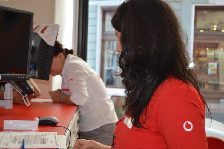 Vodafone la un pas să fie vândută. Cine vrea să cumpere compania