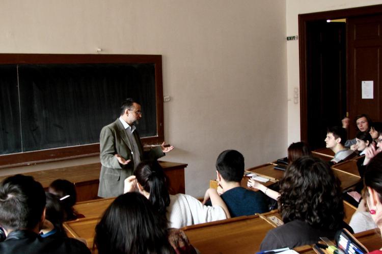 """Ocuparea UBB Cluj are accente PCR -iste: """"Activităţi socio-culturale asociate"""" și """"Şedinţele plenare"""""""
