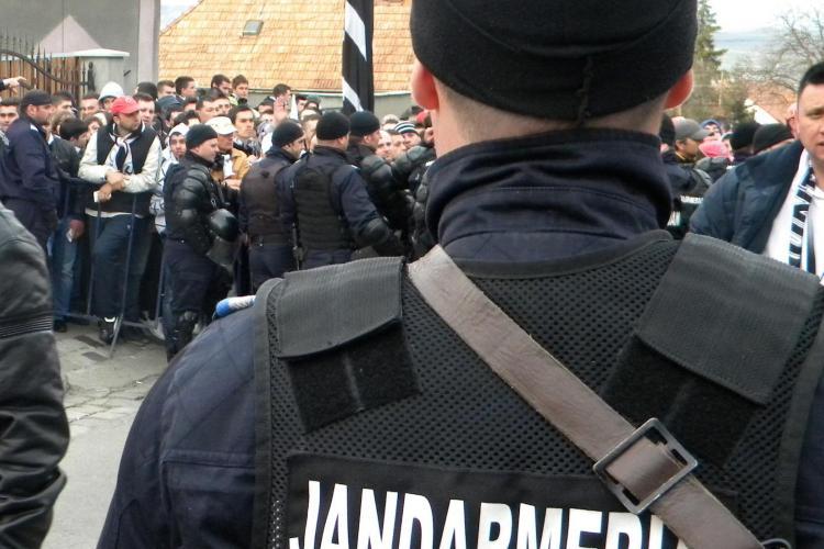 250 de jandarmi asigură securitatea la meciul de fotbal dintre CFR şi Dinamo