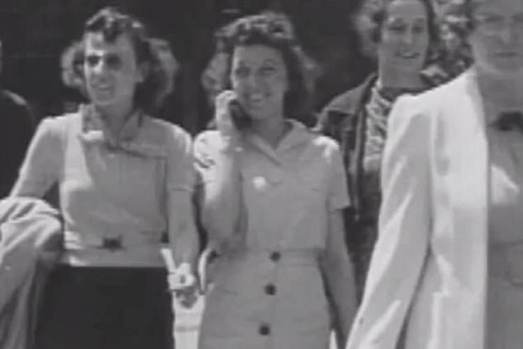 Misterul tinerei care vorbea la telefonul mobil în 1938 a fost elucidat - VIDEO