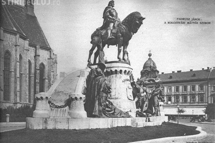 Pe statuia din Piaţa Unirii a scris şi MATEI CORVIN, nu numai Mathias Rex - FOTO