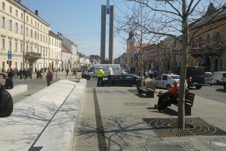 Jurnalist clujean, amendat pentru că și-a parcat mașina după cea a SPP -iștilor, care îl păzesc pe Emil Boc - FOTO