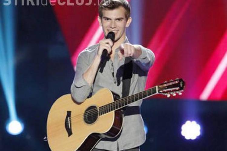 """CLIPUL ZILEI: Concurentul care a UIMIT juriul """"The Voice"""" cu melodia aleasă VIDEO"""